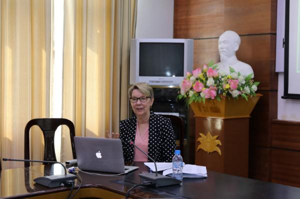 Dr. Diana Dudzik